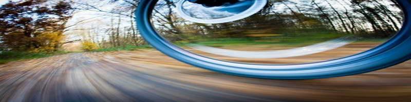 Wide spinning wheel